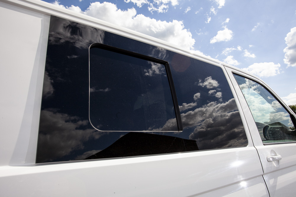 Vw T5 Driver Side Sliding Window Opens From Back To Front